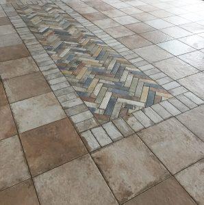 Mosaik im Fliesenspiegel